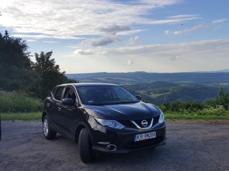 CarLub - Nissan w górach